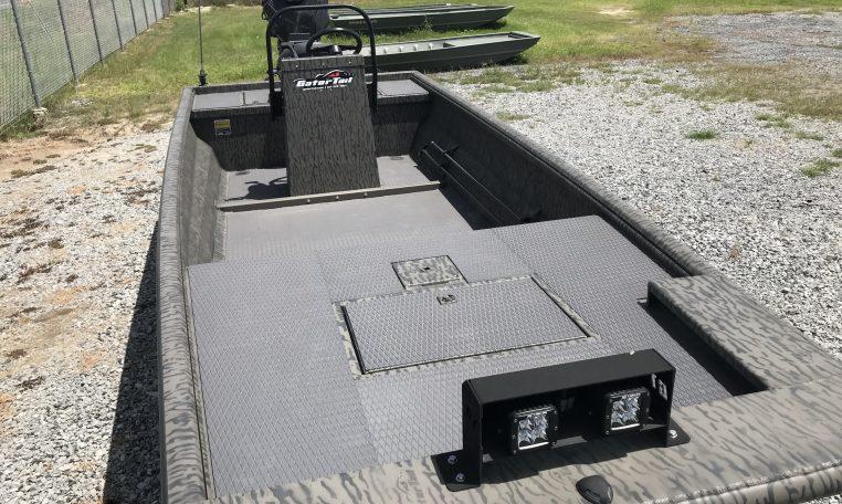 GatorTail Surface Drive Boats and Mud Motors Extreme Series
