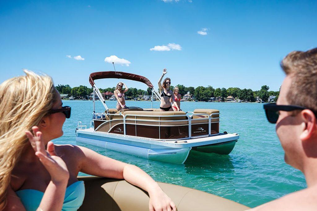 Pontoon Boat Cruise Bennington S Series