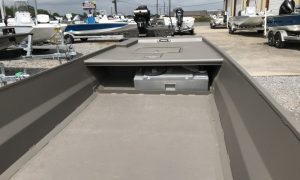 GatorTail Boat Dealer Extreme Series Front Deck