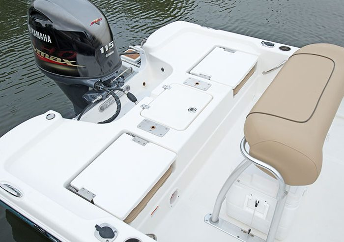 Nauticstar Boats Dealer 195 Bay Rear Deck