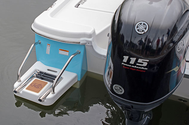 NauticStar Boats Dealer Louisiana and Texas 195 Bay Swim Platform